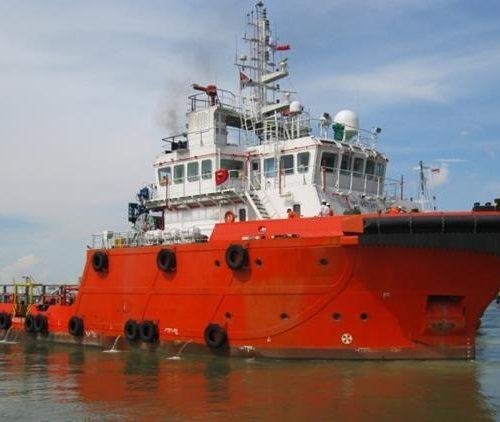 buque anclaje