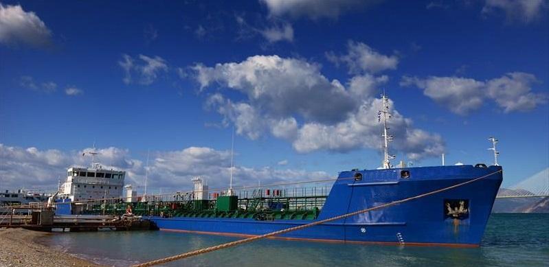 sea river tanker