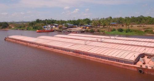 tranship barge